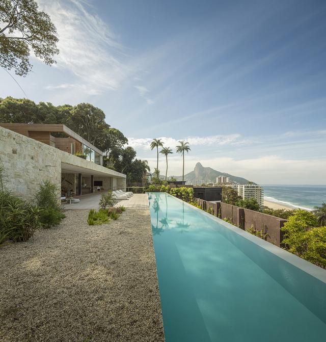 原生态石头打造的豪华住宅,差点以为是度假别墅