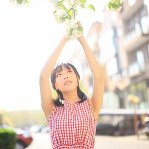 格子兮,(原名:陈文君),1995年7月16日出生于安徽省宣城市