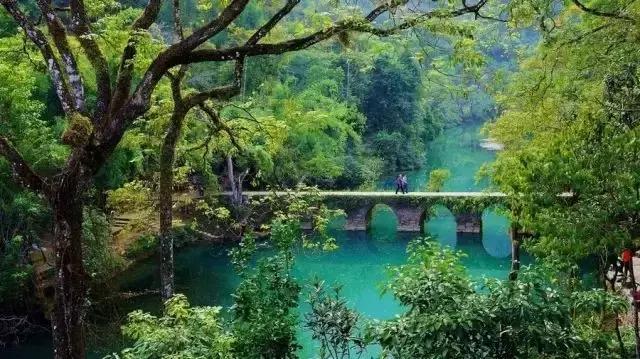 贵州荔波小七孔景区