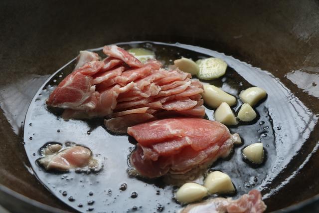 適合在家吃的懶人菜,連吃7天都不膩,有肉有菜,一鍋夠全家吃
