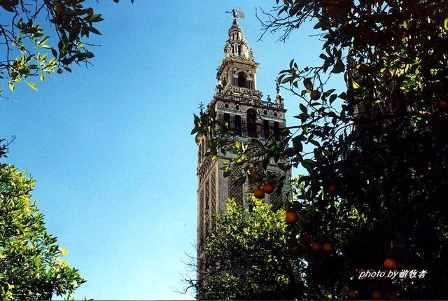 慕尼黑最大的教堂,99米是当地最高建筑,列宁曾在这里居住