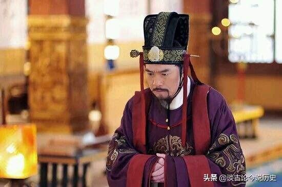 武则天为何传位给李氏而不是武氏?史学家:这是必然的