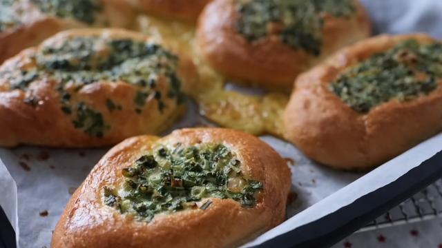口感满分的香葱面包,葱香浓郁口感细腻,尝一口就念念不忘