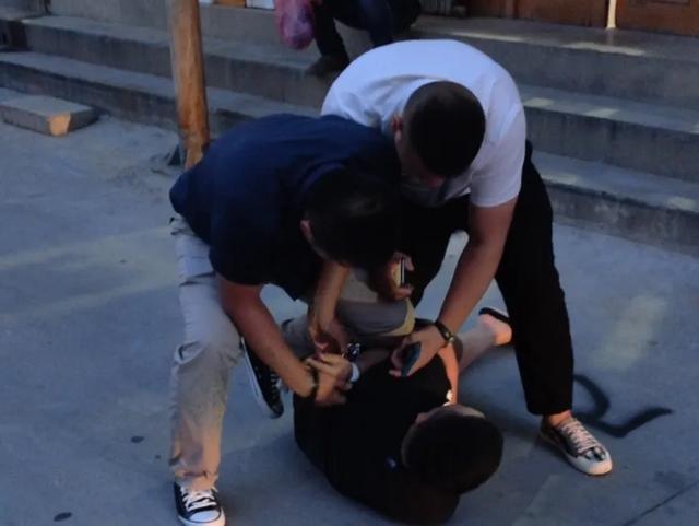 盐湖公安分局重拳出击 连续抓获多名涉毒人员