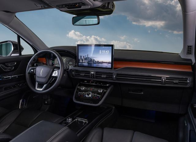 手握30万购车预算,这3款豪华SUV值得考虑,不是BBA但够豪华高级