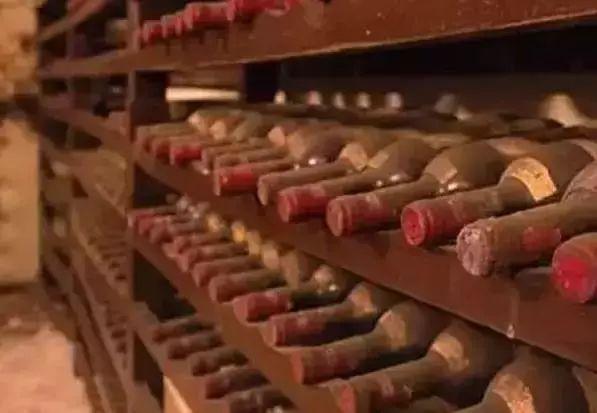 """红酒知识丨关于葡萄酒的""""老酒"""",你可能真的还不懂它"""