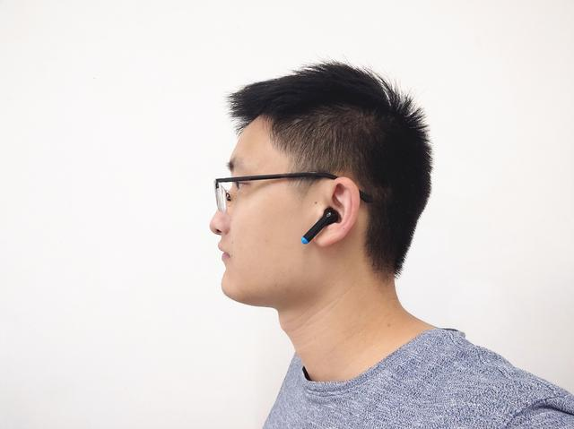 "5ms无感延迟,专为游戏设计的TrueAir蓝牙耳机在战场上轻松吃鸡"""