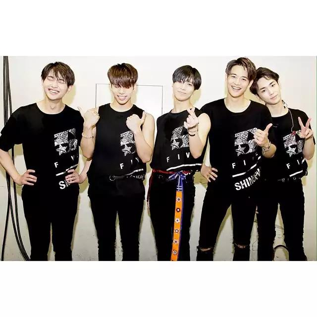SHINee泰民直播松口组合回归日期!solo曲《2 KIDS》揭个专序幕