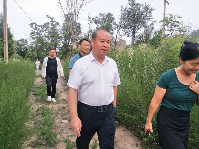 韩城市应急管理局到渭南中心地震台调研(图)
