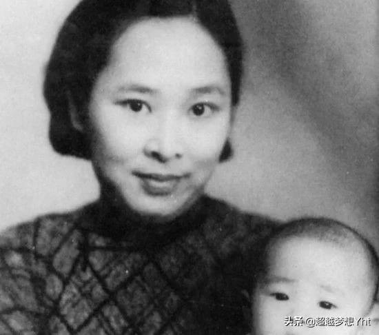 她是唯一健在的元帅夫人,年过90,儿孙满堂幸福美满