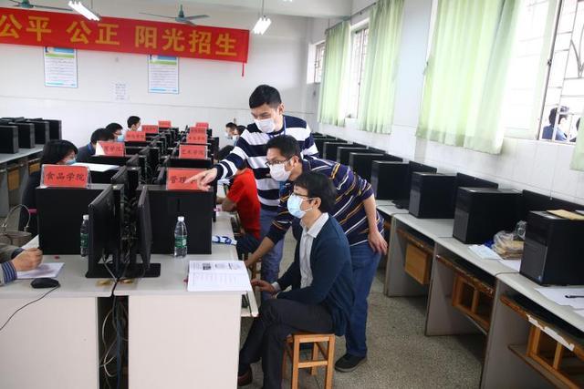 广州轻工职业学校图片