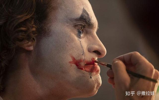 小丑伤感语录图片带字