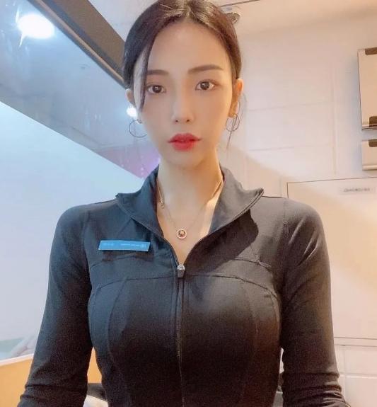 韩国美女私下健身图片