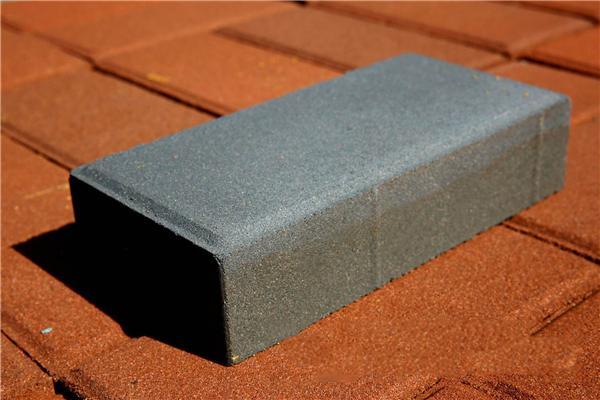 「透水砖施工方法」不同规格尺寸的透水砖如何来铺装路面?