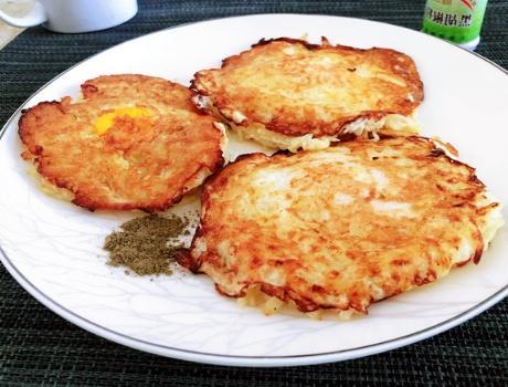 热天最馋的早餐,拌一拌煎一煎,有技巧无难度,香脆营养还解馋