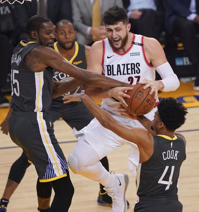 NBA頭號刷子被識破,出場時間驟降50%,白刷了4個全隊第一!-黑特籃球-NBA新聞影音圖片分享社區