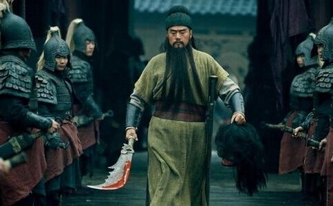 此人是三国无敌猛将,平生36战,无一败绩,黄忠、关羽难赢他