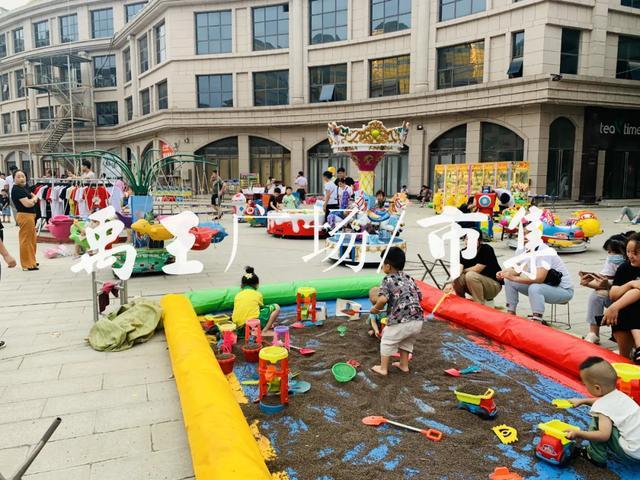你有多久没见过禹王广场人山人海的画面了!