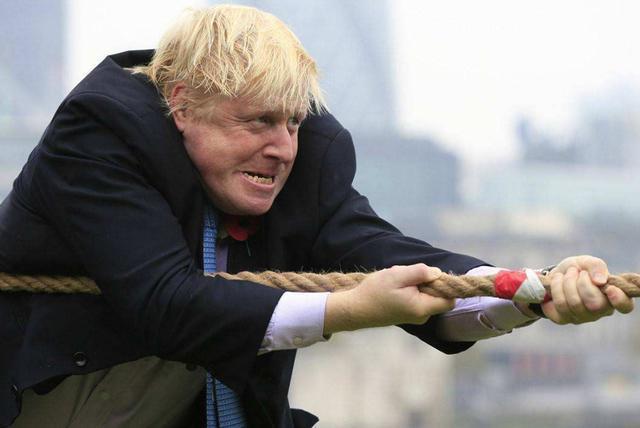 约翰逊要头痛了!为表忠心禁用华为后,英美贸易却搁浅了