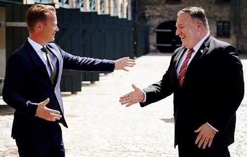 """蓬佩奥这次太丢人了!出访丹麦遭疯狂""""嫌弃"""",傻笑缓解尴尬气氛"""