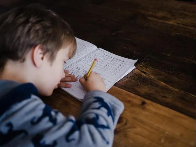 自覺主動學習的孩子,父母都做到了這3點