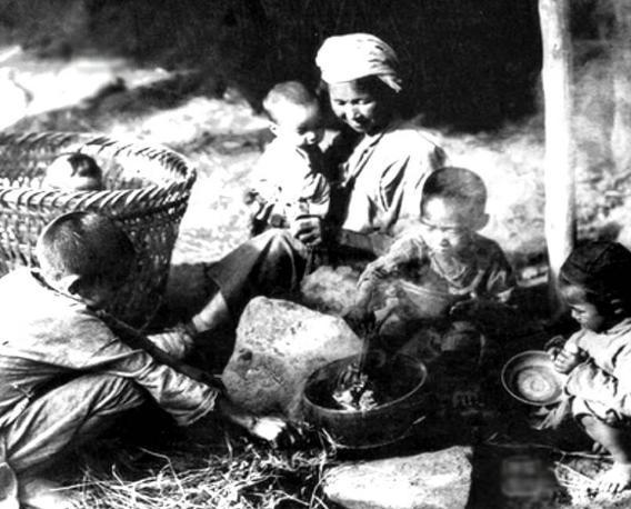 古代闹饥荒时,灾民为什么情愿吃草根树皮,也不去捕鱼打猎?