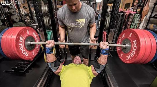 如何刺激深层肌肉?把每个健身动作练10组,你的肌肉量会变得更多