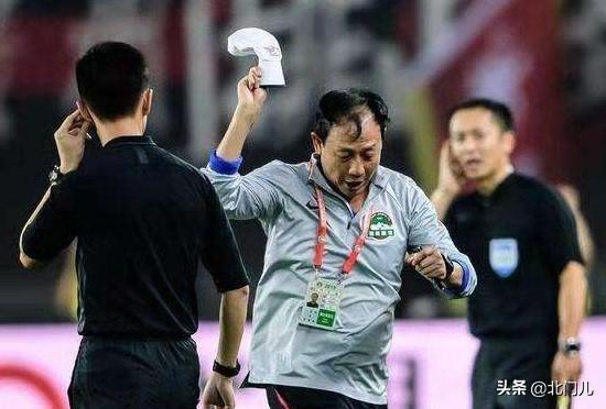 王宝山突然下课原因:关联事件曝光,已不可协调