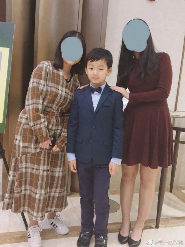 韩国一个小孩表情包图片