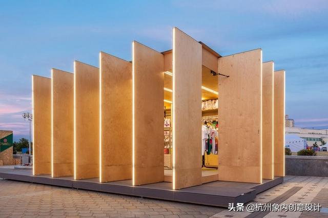 展厅设计   白俄罗斯Soligorsk活力展厅,拥有十二扇门的创意矩形