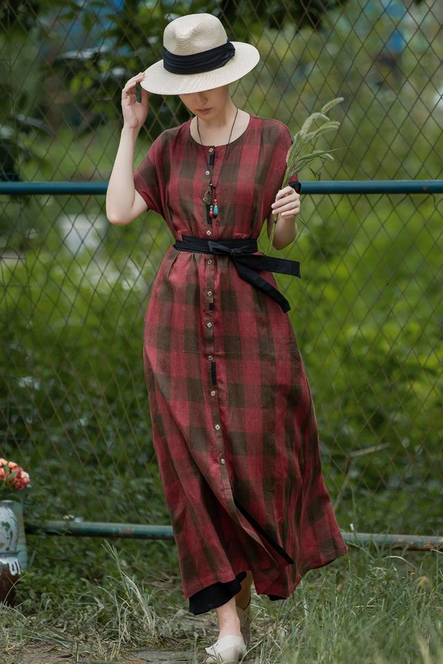 微胖就多穿棉麻裙,尤其适合中年发福的妈妈穿,遮肉显瘦刚刚好