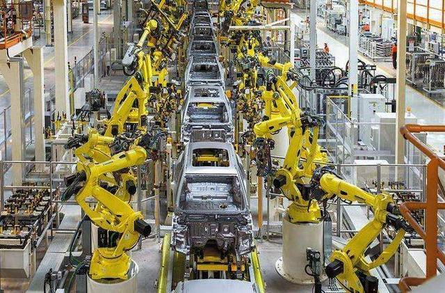 """机器代替工人,人们生活会因此变得更好?现实却让人""""感到后怕"""""""