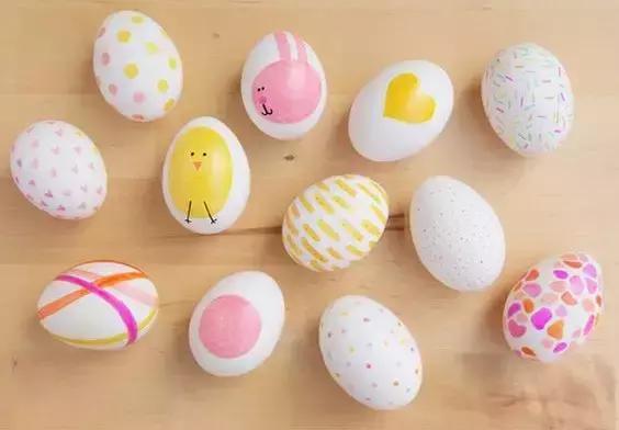 鸡蛋彩色简笔画 怎样画出漂亮可爱的鸡蛋_可可