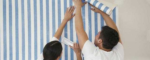 无缝墙布如何铺贴
