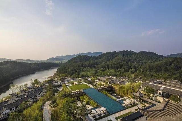 8 年花了 7.6 亿打造的安吉悦榕庄,这里有精致的野奢度假