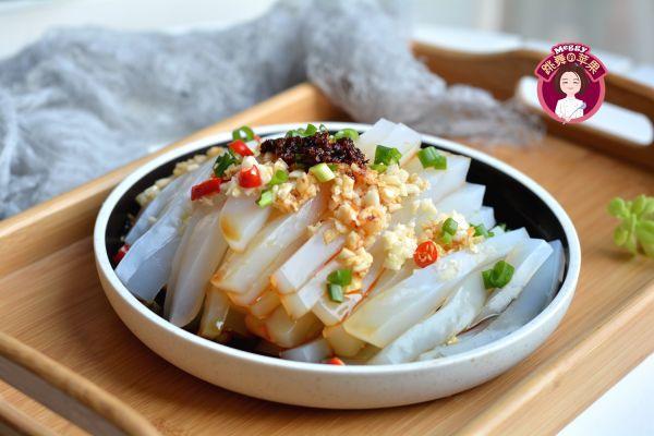 豌豆凉粉的做法_菜谱_香哈网