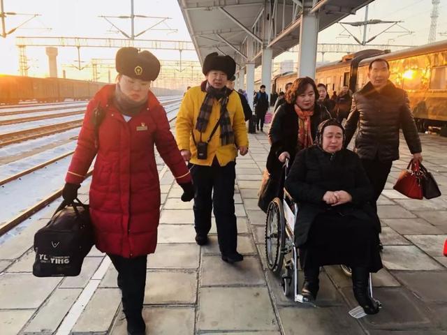 乌鲁木齐到喀什火车