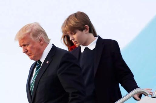 """美国""""第一儿子""""巴伦真优秀!12岁身高已赶超父亲,颜值更是逆天"""