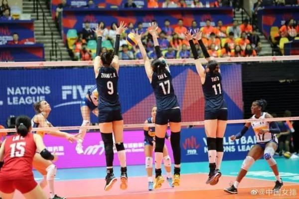 两局落后,惊天逆转!中国女排3-2力克意大利夺得香港站冠军