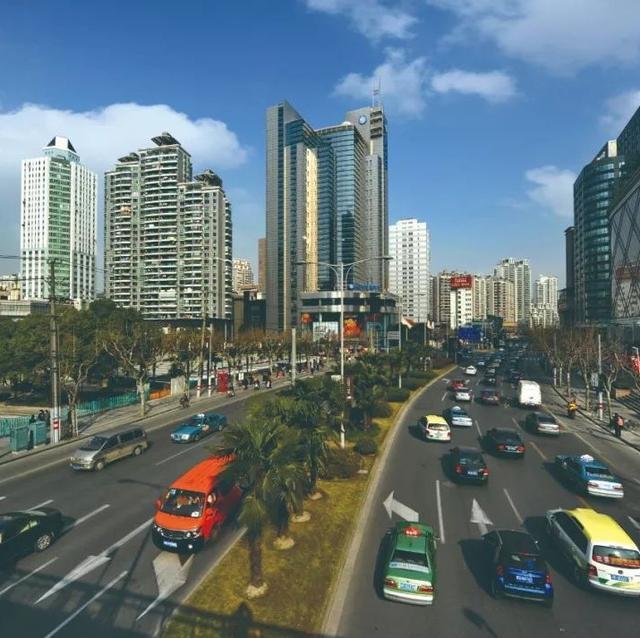 上海长寿路亚新广场