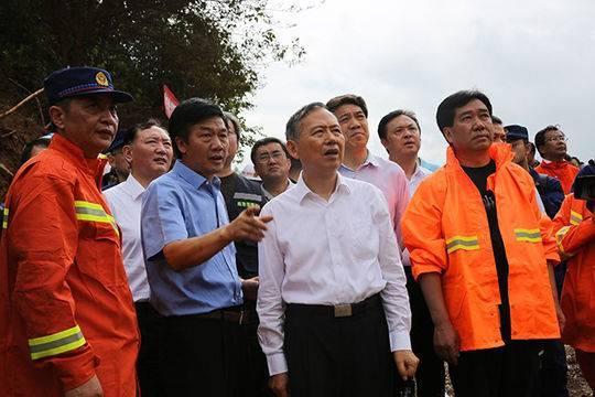 应急管理部:贵州水城山体滑坡已致38人遇难 仍有13人失联