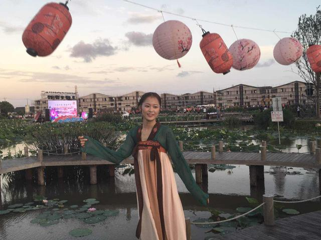 """七夕""""偶遇""""在水库村""""藕遇公园"""",以诗传情,歌咏中华-第2张图片"""