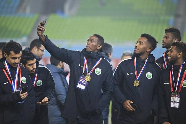 足协:四国赛沙特未完成包机申请,和印尼比赛将会推迟 第1张