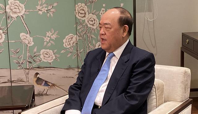 国务院港澳事务办公室主任张晓明答香港记者问:谈澳门第五任...