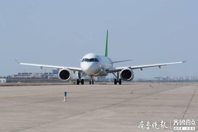快看,C919大型客机106架机转场东营试飞了,高清大图