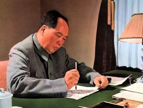 中国各高校的题字,都出自谁手?