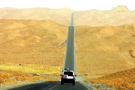 【沙漠中,Ta们C位出道】图2