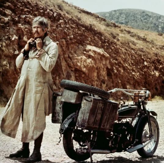 电影频道播出《西部往事》纪念作曲家莫里康内