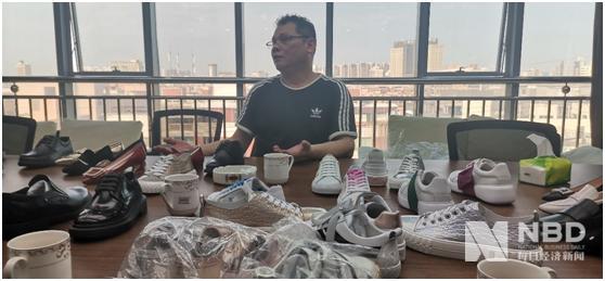 """一代鞋王林和平變身""""制鞋匠""""首談富貴鳥敗因"""