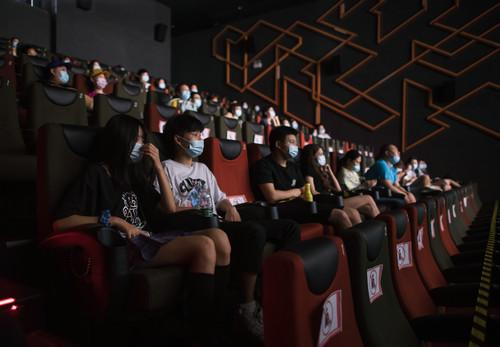 外媒关注:中国影院复苏仍有一段路要走